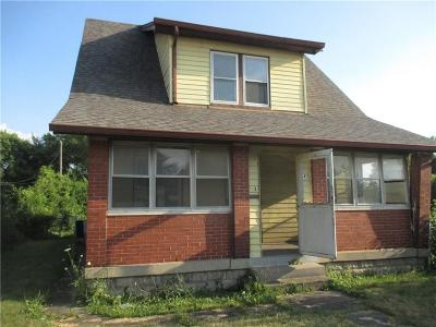Indianapolis Single Family Home For Sale: 645 West 29th Street