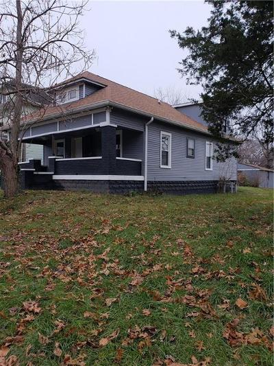 Indianapolis Single Family Home For Sale: 1946 Holloway Avenue