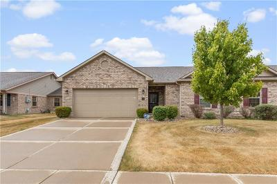 Indianapolis Single Family Home For Sale: 7710 Silver Moon Way