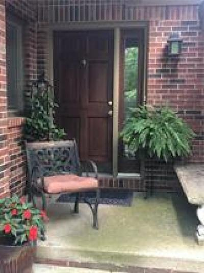Indianapolis IN Condo/Townhouse For Sale: $207,000