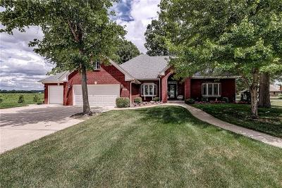 Plainfield Single Family Home For Sale: 2605 Schoolmaster Drive