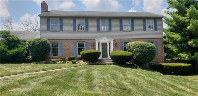 Indianapolis Single Family Home For Sale: 5236 Hedgerow Drive