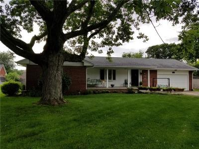 Indianapolis Single Family Home For Sale: 7116 Linden Drive