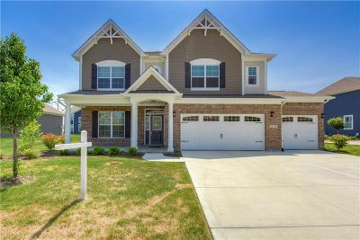 Fishers Single Family Home For Sale: 15143 Gallop Lane