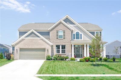 Avon Single Family Home For Sale: 8436 Brookhaven Lane