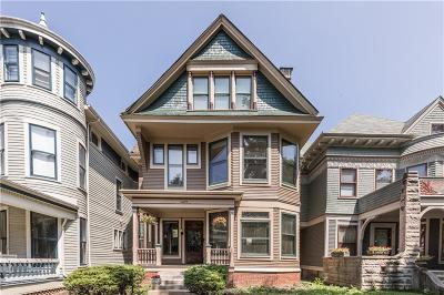 Indianapolis Single Family Home For Sale: 1469 North Delaware Street