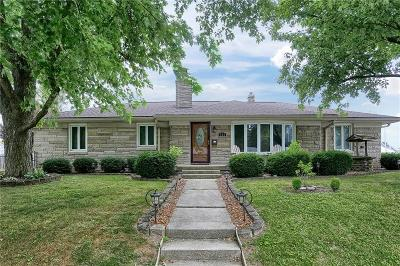 Beech Grove Single Family Home For Sale: 302 South 4th Avenue