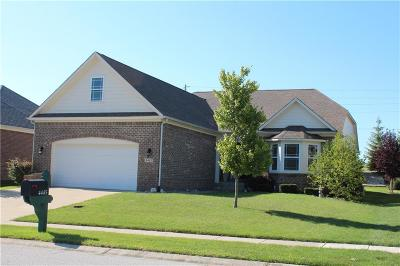 Avon Single Family Home For Sale: 4445 Nottinghill Drive