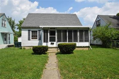 Delaware County Single Family Home For Sale: 2212 South Pershing Drive