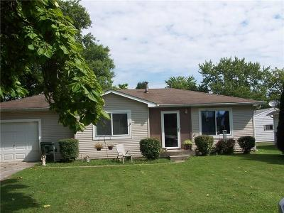 Greenfield IN Single Family Home For Sale: $134,900