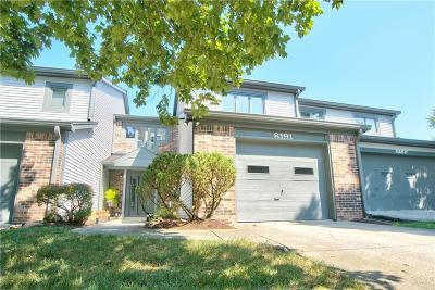 Indianapolis Condo/Townhouse For Sale: 8191 Nekton Lane