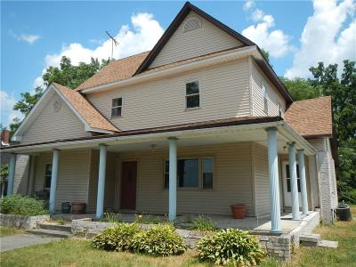 Roachdale Single Family Home For Sale: 305 North Indiana Street