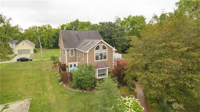 Zionsville Single Family Home For Sale: 985 West Oak Street