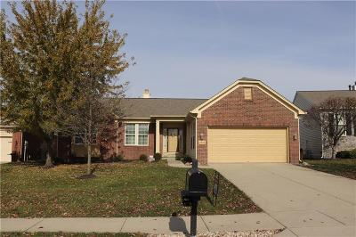 Fishers Single Family Home For Sale: 13055 Ratliff Run