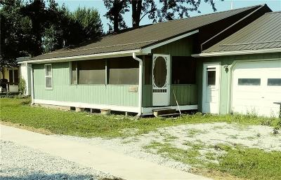 Parke County Single Family Home For Sale: 174 South Main Street