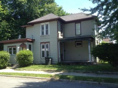 Delaware County Multi Family Home For Sale: 220 South Gharkey Street