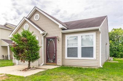 Indianapolis Single Family Home For Sale: 2945 Redland Lane