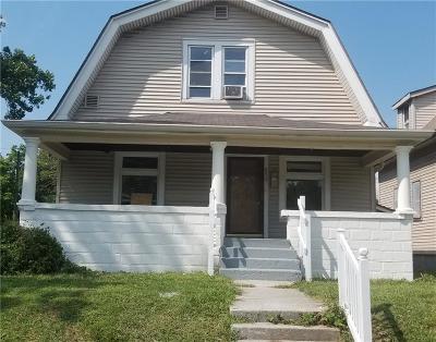 Single Family Home For Sale: 652 Congress Avenue