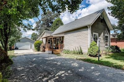 Brownsburg Single Family Home For Sale: 238 North Jefferson Street
