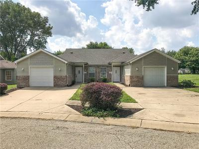 Indianapolis Single Family Home For Sale: 2504 Walker Place
