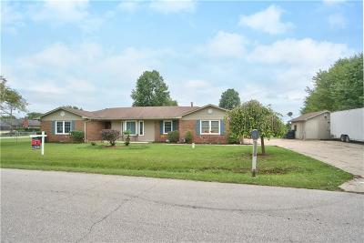 Avon Single Family Home For Sale: 298 Cedar Glen Drive
