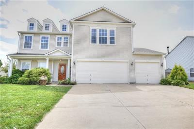 Fishers Single Family Home For Sale: 10645 Harlowe Drive