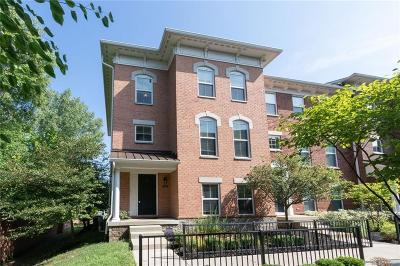 Indianapolis Condo/Townhouse For Sale: 9484 Oakley Drive