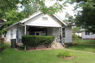 Indianapolis Single Family Home For Sale: 1642 North Belleview Place