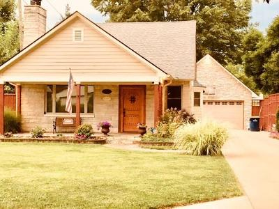 Indianapolis Single Family Home For Sale: 882 North Whittier Place