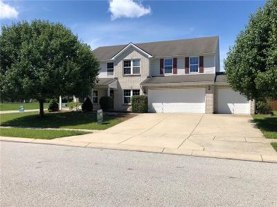 Avon Single Family Home For Sale: 8330 Balmoral Lane