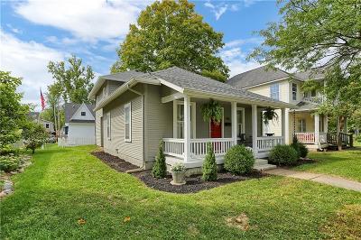 Zionsville Single Family Home For Sale: 955 West Oak Street