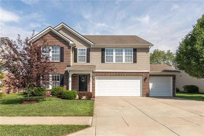 McCordsville Single Family Home For Sale: 5684 West Woodview Trail