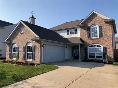 Plainfield Single Family Home For Sale: 6380 Oyster Key Lane
