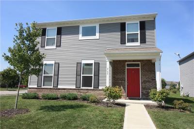 Franklin Single Family Home For Sale: 2104 Cedarmill Drive