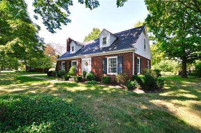 Indianapolis Single Family Home For Sale: 3750 Briarwood Drive