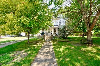 Elwood IN Single Family Home For Sale: $119,000