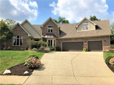 Indianapolis Single Family Home For Sale: 11521 Woods Bay Lane