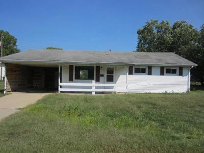 Rushville Single Family Home For Sale: 824 East 10th Street