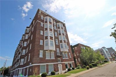 Condo/Townhouse For Sale: 230 East 9th Street #609