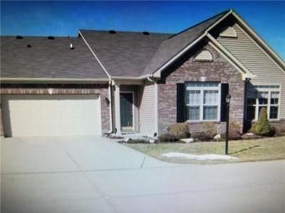 Indianapolis Condo/Townhouse For Sale: 2515 Big Bear Lane