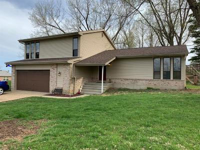 Lawrenceburg IN Single Family Home For Sale: $189,900