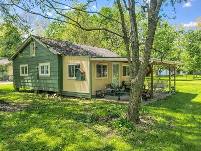 Brookville Single Family Home For Sale: 5051 Shady Lane