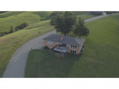 Ohio County Single Family Home For Sale: 3694 Shamrock Trail