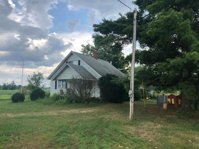 Ripley County Single Family Home For Sale: 15618 N Rosfeld Road