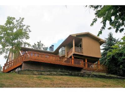 Lawrenceburg Single Family Home For Sale: 20502 Matterhorn Dr