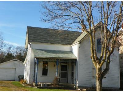Batesville Single Family Home For Sale: 17435 St Marys Rd