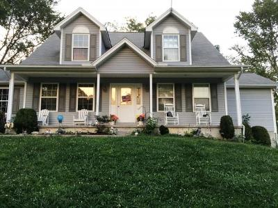 Rising Sun Single Family Home For Sale: 14571 Oatman Hill Rd