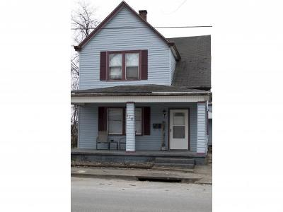 Lawrenceburg IN Single Family Home For Sale: $95,000