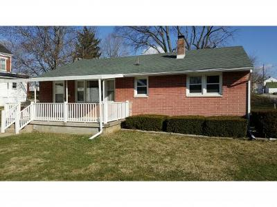 Brookville Single Family Home For Sale: 413 E 6th St
