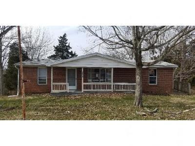 Lawrenceburg, Aurora, Bright, Brookville, West Harrison, Milan, Moores Hill, Sunman, Dillsboro Single Family Home For Sale: 17061 Sr 148